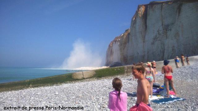 Eboulement des Petites Dalles, Cliché photographique extrait de Paris-Normandie